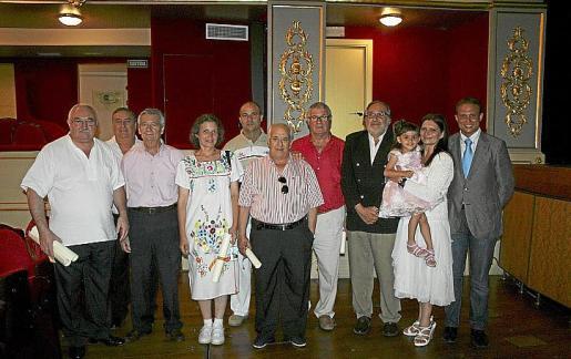 Menorca Mao fiesta infantil Sant Joan actuaciones musicales hoguera premios bujots