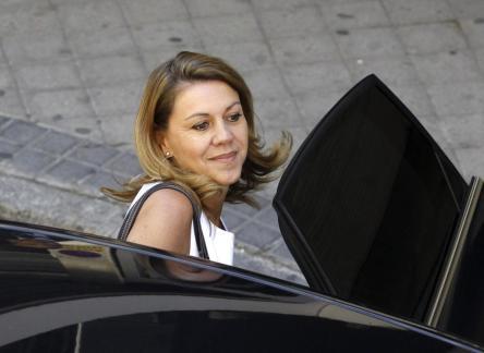 "Lourdes Montes, esposa de Francisco Rivera ""Paquirri"", entrando al hospital"