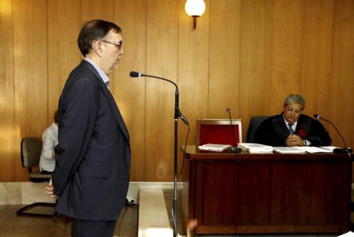 Vicenç Thomas propuso la Proposición No de Ley para derogar el copago del transporte sanitario no urgente