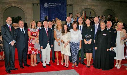 El acto del PP reunió a Vidal, Reynés, Isern, Pons Vila, Tadeo y Simón Gornés en el Marítimo de Maó