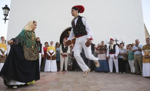 Menorca Mao Ajuntament reunio Batlesa Conxa Juanola i Joan Gual Presi