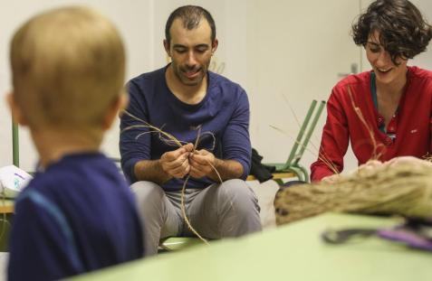 Salida de la regata Mil Millas del Port Olímpic de Barcelona hacia Ciutadella