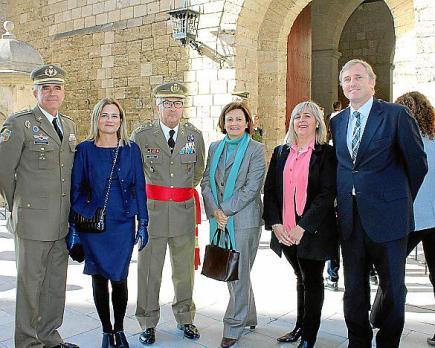 Maó y Alaior son los dos únicos municipios de Menorca en los que no hay limitaciones en los días de apertura.