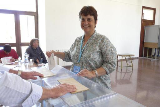 La alcaldesa Joana Gomila y las concejalas Laura Anglada y Nati Benejam.