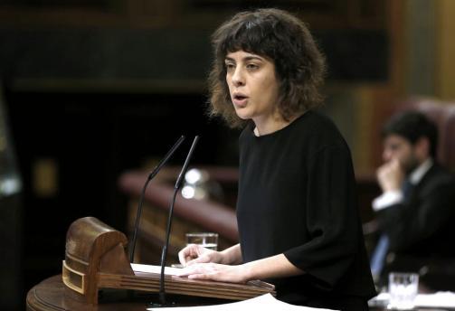 Podemos y los diputados nacionalistas abandonan el pleno en solidaridad con Homs