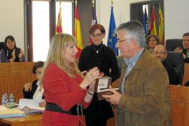 La oposición de Es Castell pide la adquisición de los cuarteles