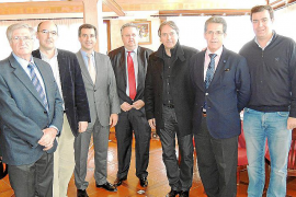 Turismo y ASHOME firman un convenio para promocionar Menorca