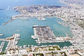 Ciutadella volverá a acoger este verano los cruceros fuera del puerto