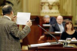 El PSOE  de Menorca se rebela contra la dirección estatal y balear del partido