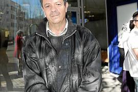 Que el barítono Joan Pons haya colgado en las redes sociales una fotografía...