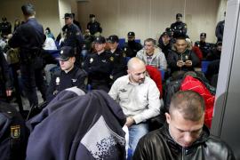 Jóvenes de Sant Lluís aprenden un oficio como voluntarios