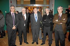 Que en Perú exista una empresa con el nombre de Menorca Inversiones...