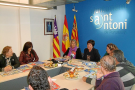 Menorca pierde casi 10.000 españoles en 2 meses y rebaja sus expectativas estivales