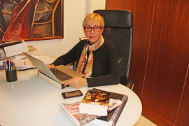 Lydia Bosch, a caballo por Menorca