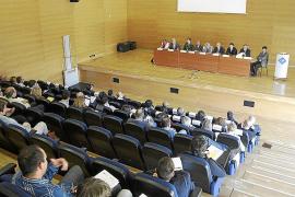 Iglesias augura un escenario para las generales con dos opciones: PP y Podemos