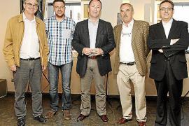 Iglesias: «Tras Grecia, el tic-tac del cambio también le llegará a Rajoy»