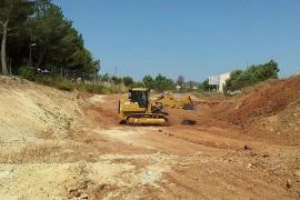Margallo: «El trozo más grande era de un metro»