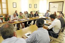 Los partidos políticos recibirán por cada concejal electo 270,9 euros