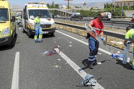 Dos jóvenes británicos, heridos al sufrir un accidente con un ciclomotor