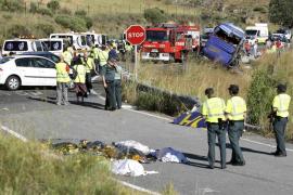 El PSOE procurará el avión medicalizado las 24 horas del día