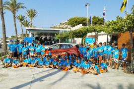 """El  hidrocarburo vertido por el carguero """"Nele Maersk"""" llega a Menorca"""