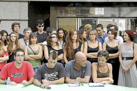 200 personas, en la Marcha por la Dignidad en Maó