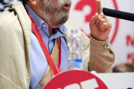 Una respuesta del hijo de Rajoy pone en apuros al presidente