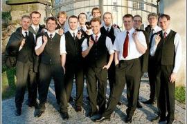El número de trabajadores públicos volvió a aumentar en 2015 tras años de despidos