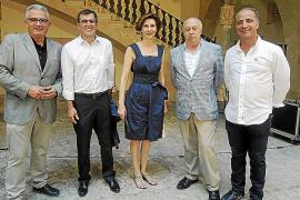 La incertidumbre sobre la investidura resta ánimos en la consulta del PSOE