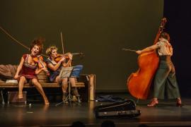 Que un 'flutemob', es decir, un 'flashmob' de flautas a cargo de intérpretes del Conservatorio...