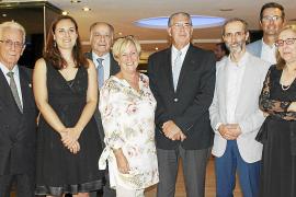 Menorca protege su moratoria comercial para evitar que sea impugnada por Madrid