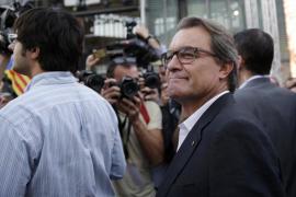 Hollande: «El avión de Egyptair se ha estrellado y se ha perdido»