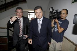 López Negrete se querellará contra aquellos que «han desprestigiado mi honor»