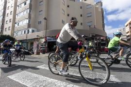 Los franceses de Menorcahonran a las víctimas de Niza