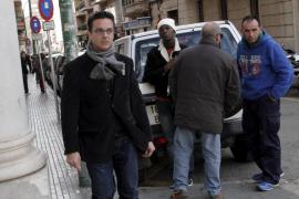 El acusado de disparar a la Guardia Civil dice que tiraba a un murciélago