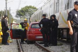Cuatro heridos, uno crítico y otro grave, tras incendiarse un barco en Ibiza