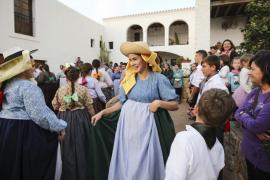 Sant Lluís sanciona a tres 'cavallers' por ocultar que habían cambiado de residencia