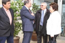 Ciutadella ordena cerrar el parking ilegal de Macarella tras veinte años