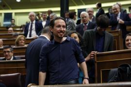 El PP crece y el PSOE se desploma, superado por Unidos Podemos, según el CIS