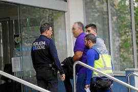 Dos menores de Alicante pagarán 2.828 euros a una compañera a la que humillaron en 'WhatsApp'