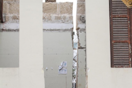 Una quincena de chalés de Cap d'Artrutx, afectados por el temporal