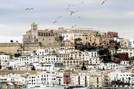 El Govern concede el 'Ramon Llull' a Asinpros y a la científica Alícia Sintes