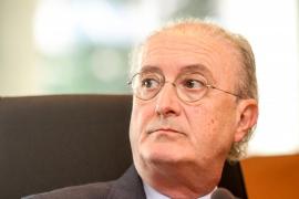 La OMC llevará ante la Fiscalía 90 webs de pseudoterapias peligrosas