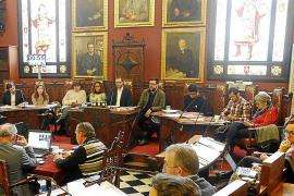 Armengol pide a las empresas de Balears que suban el sueldo a trabajadores