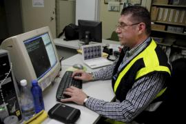 Menorca 'esquiva' la huelga de la estiba al venir las mercancías en camiones tripulados