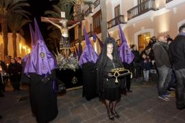 Iglesias censura que Rivera hable de regeneración mientras sirve de apoyo al PP